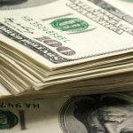 XMー他通貨の下落で米ドル上昇、英示唆的投票結果でポンド安